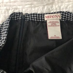 Merona Skirts - Merona Fitted skirt- Size 4